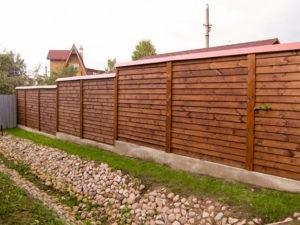 Деревянный забор нестандартная работа