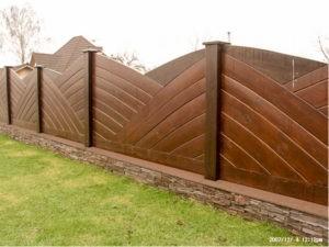 Деревянный забор индивидуальный