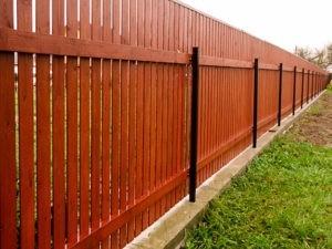 Деревянный забор для участка