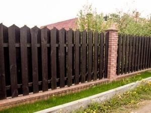 Деревянный забор оптимальный