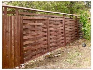Деревянный забор классический