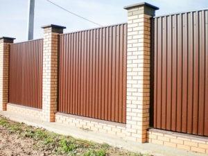 Забор из профлиста классический