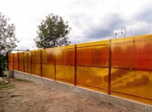 Забор из поликарбоната сплошной