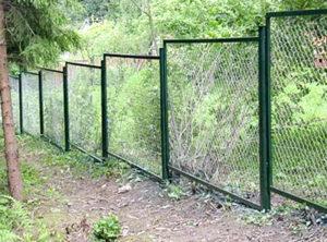 забор из сетки рабица секционный