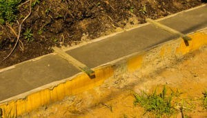 фундамент под забор прайс
