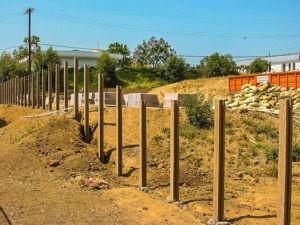 строительство заборов стоимость