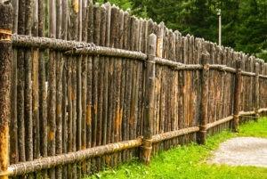 забор из дерева цены